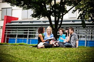Fachhochschule Erfurt - Wo Studieren praktisch ist! Hochschulporträts